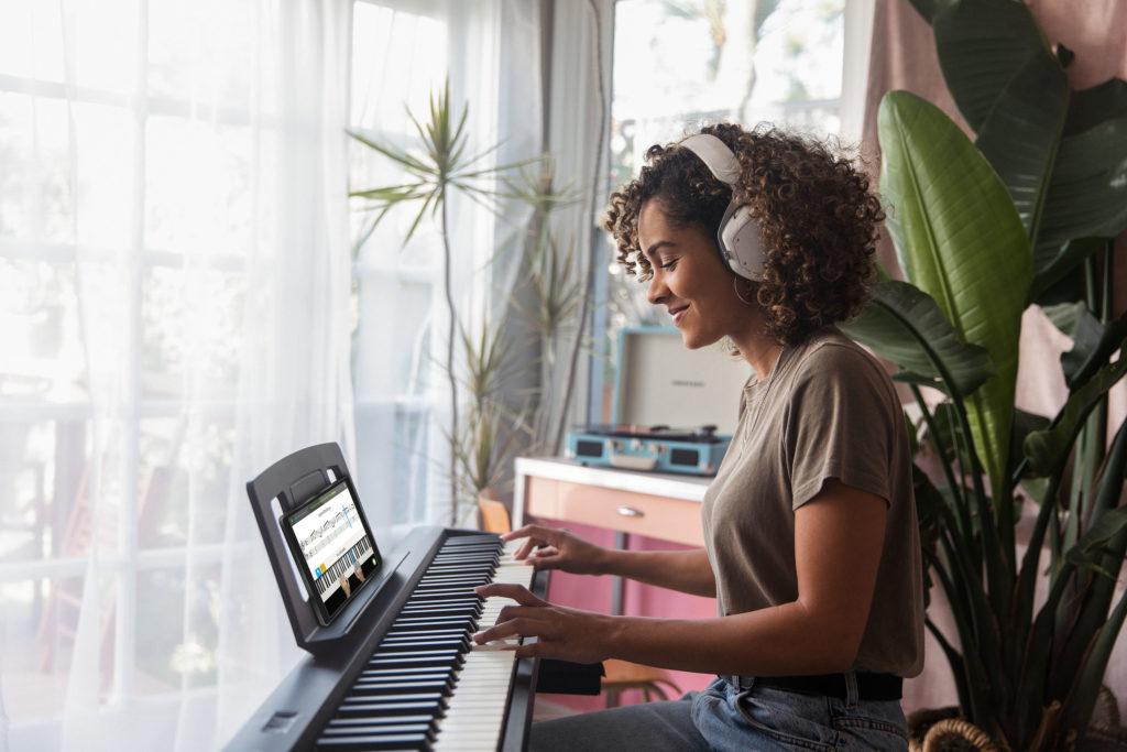 lecciones en Skoove con piano Roland