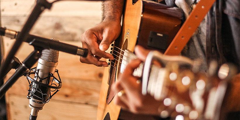 guitarra-electrica-o-acústica-para-empezar